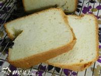 ㄚ曼達的廚房~鮮奶油土司(麵包機)