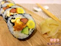 【六媽珍豬の食譜】寶寶豬肉鬆捲花壽司