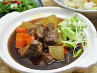 [一鍋隨意煮]紅燒蘿蔔牛腩