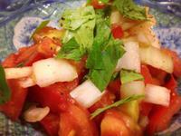 地中海風涼拌洋蔥番茄佐牛肉、鮮蝦或花枝