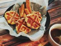 烘焙吉拿棒&吉拿鬆餅搭配海鹽焦糖醬 Baked Churros & Churro Waffle w/ Salted Caramel Sauce