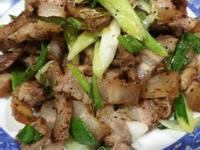蒜苗炒山豬肉