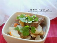 天冷最適合吃的羊肉燉蘿蔔