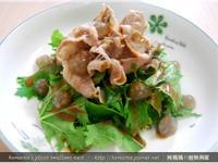 黑Q水菜沙拉佐芝麻醬.柯媽媽の植物燕窩