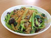 肉鬆香菇水炒油菜