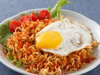 印尼速食炒麵超激版吃法