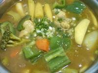 日式野菜嫩雞湯咖哩[可果美咖哩鍋高湯]