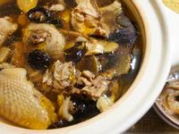 土鍋原味香菇雞湯