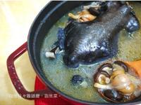 香菇蒜頭雞湯♪不油膩的蒜香湯頭