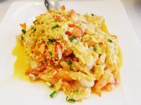 蟹肉蝦仁滑蛋(豆油伯醬油食譜)