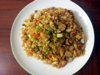 泰式肉鬆鳳梨炒飯