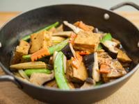 黑胡椒鐵板豆腐作法