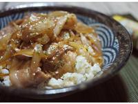 日式洋蔥豚丼