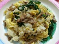 菠菜牛肉蛋炒飯