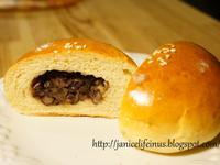 超軟湯種紅豆麵包