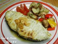 [湯瑪仕肉舖小食堂]~蒜香圓鱈