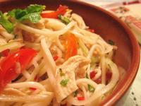 泰式涼拌雞絲麵『五木麵條』