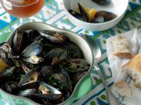 啤酒蒸淡菜 {Beer Steamed Mussels}