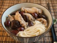 紅棗香菇雞麵