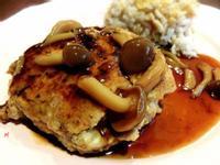 【空姐愛煮菜】日式漢堡排佐菇菇醬