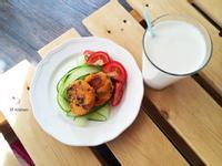 紅蘿蔔地瓜煎餅佐蔬菜沙拉 / 全素