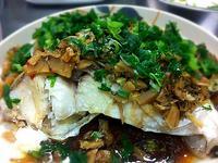 梅菜蒸鯇魚