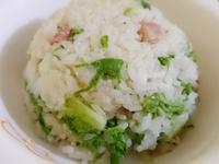 電鍋料理 - 青江菜佐香腸蒸飯