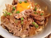 日式牛肉丼烏龍麵