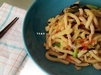 簡單輕鬆煮 ★ 蠔油炒粗麵(烏龍)