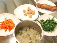 蘿蔔炒蛋+烤豬後腿肉+紫菜湯+煎乾貝