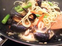 蒜香清炒海鮮義大利麵