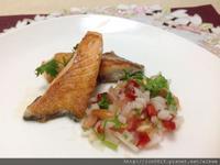 莎莎醬鮭魚排