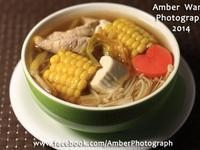 金針玉米瘦肉湯