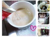 自製『鮮奶茶』(排骨紅茶+高大鮮奶)