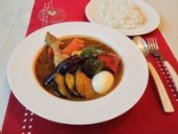 燉雞腿野菜湯咖哩