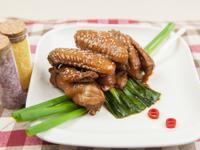 蔥燒雞翅@美麗人妻Selina Wu