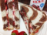 煉乳草莓三明治【草莓就愛鷹牌煉奶】