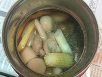 燜燒杯料理-玉米筍菇菇豬肉湯
