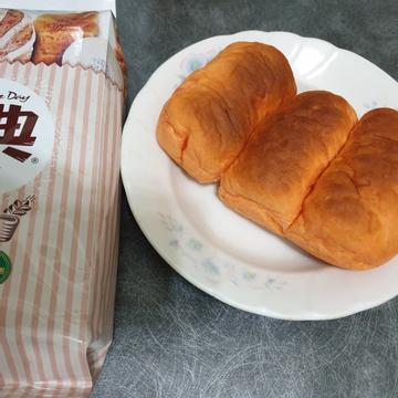 勇兔跟著做了一條紅蘿蔔吐司【麥典實作工坊麵包專用粉】