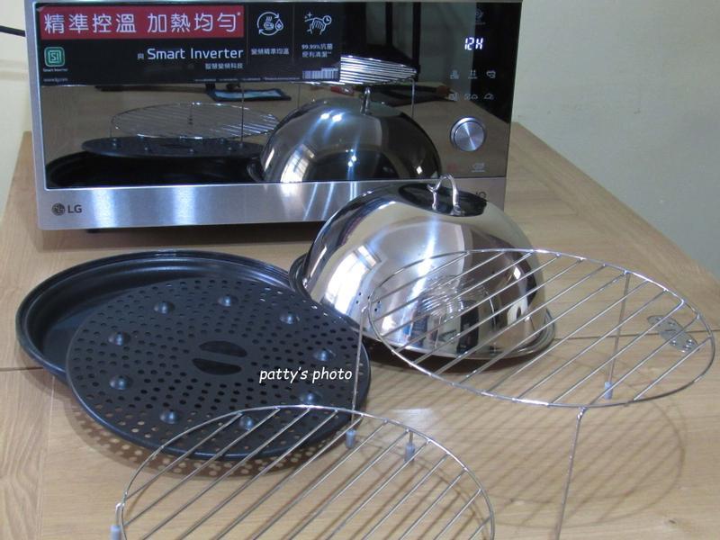 F1的「LG智慧變頻蒸烘烤微波爐」—輕鬆烹煮三餐(一)的第 2 張圖片