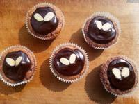 愛心巧克力藍莓杯子蛋糕