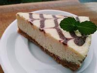 經典重乳酪蛋糕~巧克力拉花!