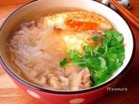 煎蛋冬粉湯