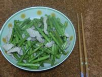 超快速蘆筍炒肉絲