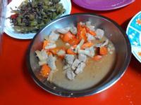 粉蒸肉馬鈴薯胡蘿蔔清涼舒脾養身營養價值高