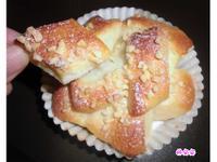 手撕香濃煉乳圓形烤杯麵包