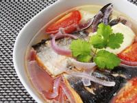 蕃茄豆腐三文魚湯