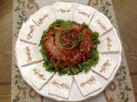 韓式豆腐泡菜두부김치(泡菜炒豬肉配豆腐)