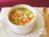 蔬菜雞湯麵