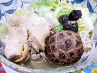 白菜香菇雞湯麵